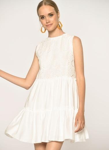 Loves You Üstü Fisto Garnilli Krinkıl Elbise Beyaz